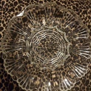 Scalloped glass round serving piece